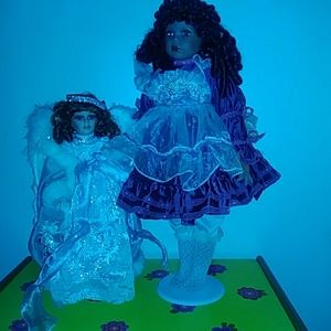 Other - 2 Sets of Porcelain Dolls Bundle